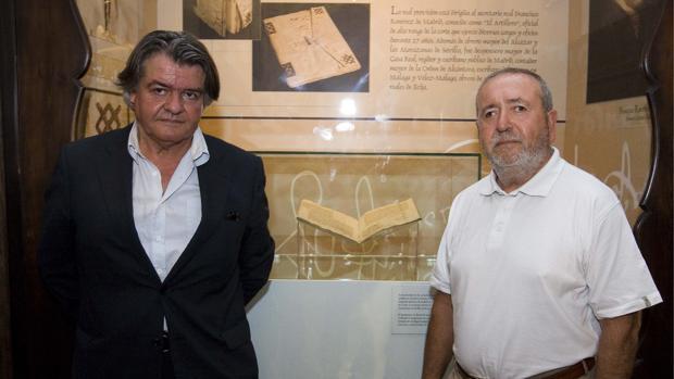 Antonio Balón, a la izquierda, exdirector conservador del Alcázar de Sevilla, y Antonio Rodríguez Galindo, exalcaide del monumento