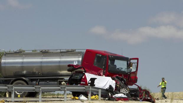Accidente en la carretera autonómica A-364 del término municipal de Marchena