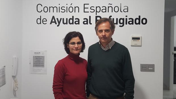 Lourdes Navarro y José Carlos Cabrera, responsables en Sevilla de la ONG Comisión Española de Ayuda al Refugiado (CEAR)