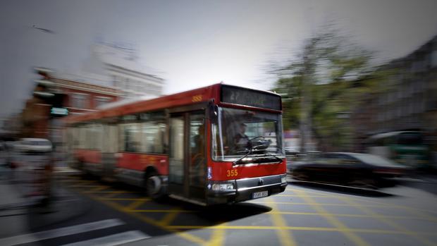 Imagen de archivo de un autobús de Tussam