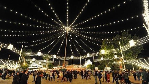 Real de la Feria de noche