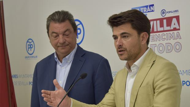 Ignacio Flores y Beltrán Pérez durante la rueda de prensa de este lunes