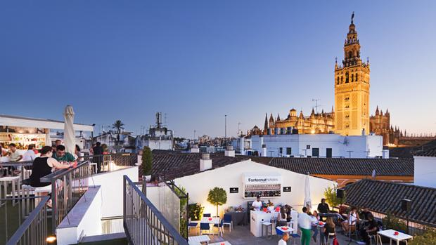 Azotea de un hotel de lujo de Sevilla