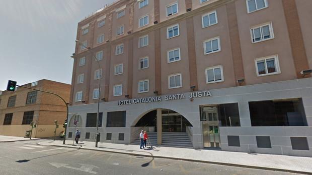 Hotel Catalonia Santa Justa, en José Laguillo