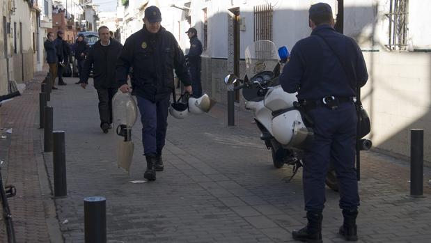 Agentes de la Policía Nacional, en una actuación