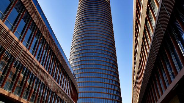 El centro comercial ocupará los dos edificios podio del complejo Torre Sevilla