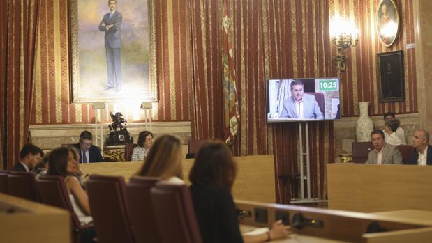 El alcalde, Juan Espadas, durante su internveción este jueves en el pleno del Ayuntamiento
