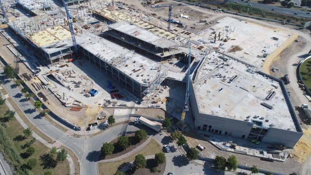Vista aérea del centro comercial Palmas Altas
