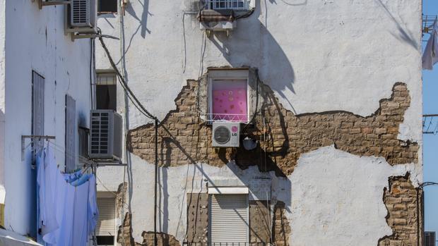 Deterioro y la degradacion del barrio de Los Pajaritos