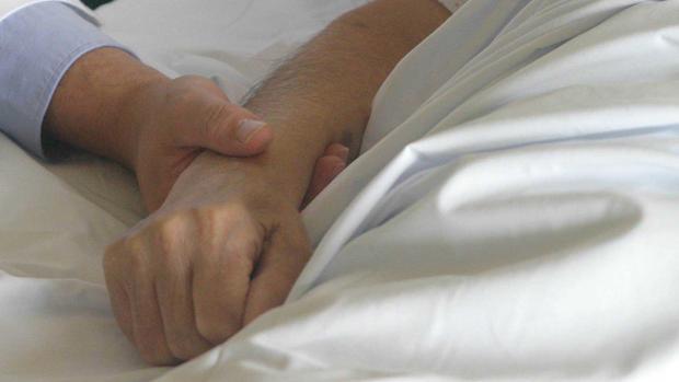 El acompañamientoy la asistencia espiritual son tan importantes como los cuidados médicos