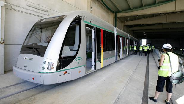 El metro de Sevilla se convierte en un gran negocio para sus accionistas