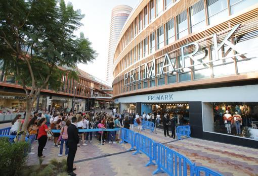 La Apertura De Primark En Torre Sevilla Una Fiesta Donde