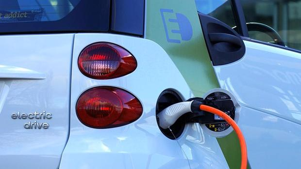 Las aseguradoras lanzan pólizas para coches eléctricos