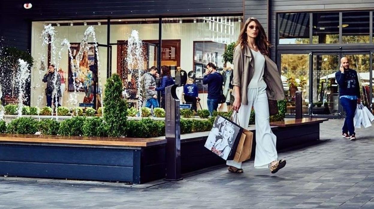 barbilla apuntalar Descodificar  Obtener - tienda puma factory aeropuerto sevilla - OFF 67% - Encuentre  precios bajos todos los días y compre en línea. Disfruta de la entrega  gratis. - dorvi.mx!