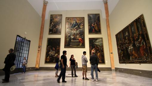 Ambiente en el Museo de Bellas Artes de Sevilla.
