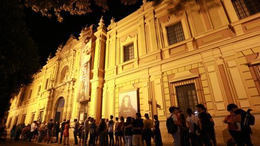 La Noche en Blanco, ambiente en el Museo de Bellas Artes.