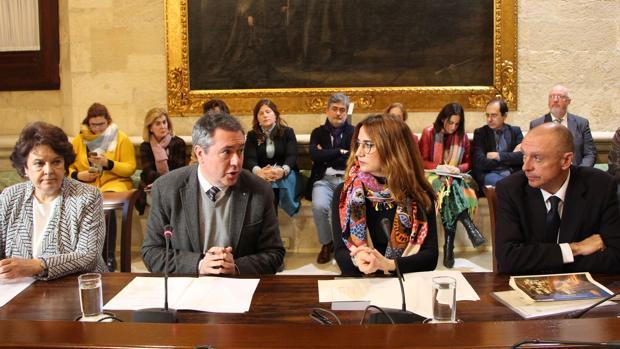 El alcalde, Juan Espadas, en la presentación de las inversiones europeas