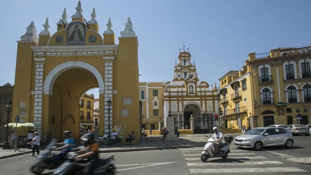 Pensionista busca piso en la Macarena (Sevilla)