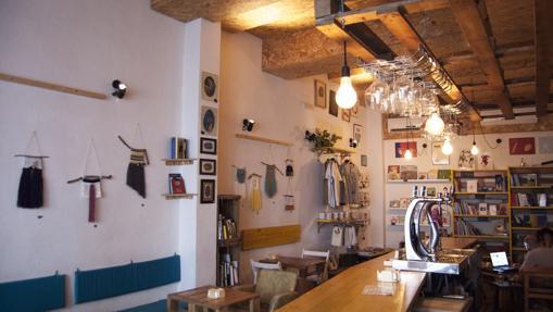 La primera librotaberna en Sevilla: La Jerónima