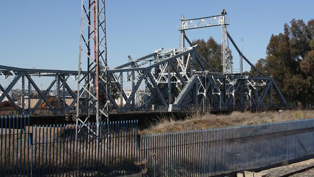 Estado actual del puente de Alfonso XIII, en el Batán