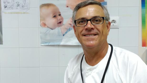 Cristóbal Coronel es pediatra y director de las jornadas