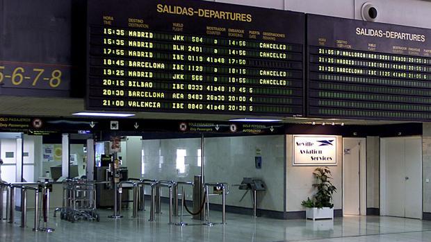 Imagen del interior del aeropuerto de Sevilla