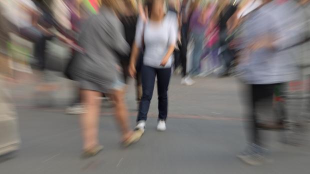La agorafobia conlleva miedo a las multitudes y a los espacios exteriores