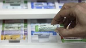 Los padres que usan medicina alternativa para sus hijos también les vacunan menos