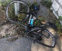 Estado en el que quedó la bicicleta del corredor Chris Froome