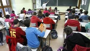 Educación reprende a las autonomías que dan el título de ESO con suspensos sin recuperar