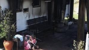 Muere la niña de cinco años ingresada por el incendio en una vivienda en El Palmar