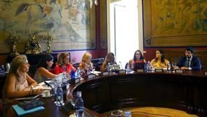 El Pacto de Estado contra la violencia de género sale adelante pese a la abstención de Podemos