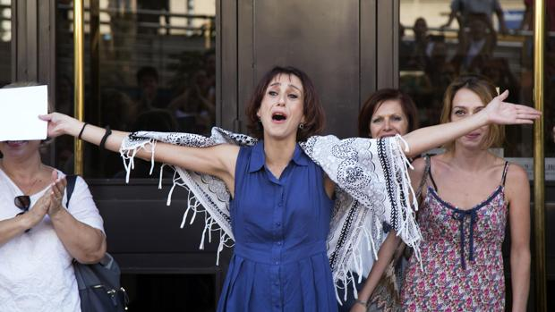Juana Rivas sale de los juzgados de Granada