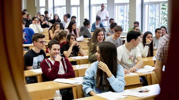El Congreso acuerda que la Filosofía sea obligatoria en la ESO y Bachillerato