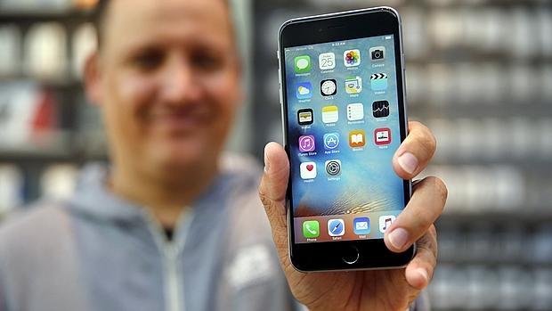 Las fotos y contactos de tu iPhone están en peligro