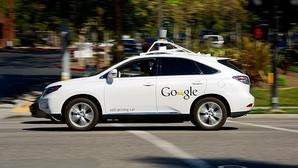 Google permite conducir sus coches autónomo por 15 euros
