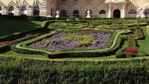 Los secretos ocultos de los jardines vaticanos for El jardin de los secretos