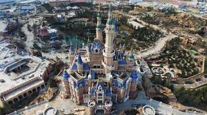 El primer parque Disney en China, visto desde el cielo