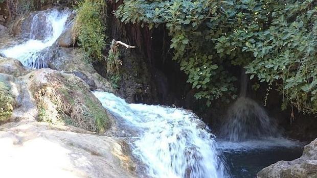 Darse un chapuz n en sevilla r os lagos y pantanos for Piscinas naturales sevilla