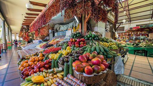 Colorido en el famoso mercado municipal de Funchal