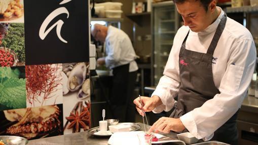En la imagen, David García, jefe de cocina de Álbora