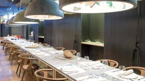 La Mesa Infinita de Manolo de la Osa en Adunia, una opción para comidas de grupo