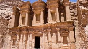 Razones para visitar Jordania, destino cultural y de aventura