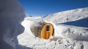 Así es el sorprendente «hotel iglú» de los Pirineos