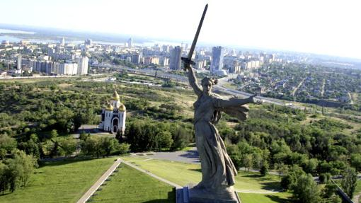 La estatua «La madre patria te llama». en Volgogrado