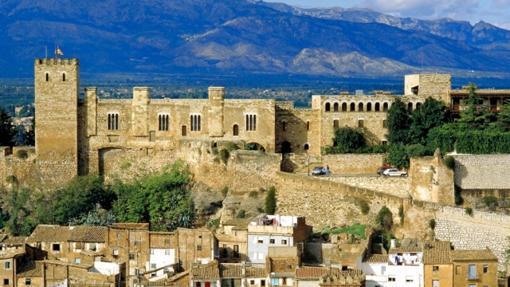 Exterior del castillo de Tortosa, hoy Parador Nacional