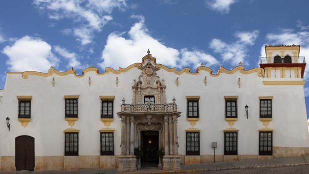 Fachada del Hotel Palacio del Marqués de la Gomera. Fuente: hotelpalaciodelmarques.es