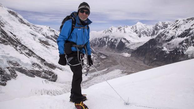 Carlos Soria, cerca de la cima del Kanchenjunga, tercera montaña más alta del mundo (8.586 metros), en en la cordillera del Himalaya