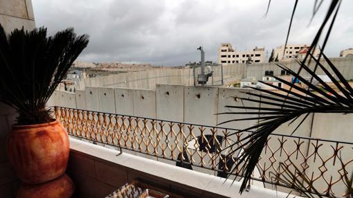 Una foto tomada desde el balcón de una de las habitaciones en el hotel recién inaugurado en Belén