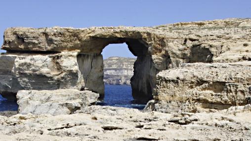 Vista de la 'Ventana Azul' situada en la isla de Gozo en Malta el 20 de abril de 2006